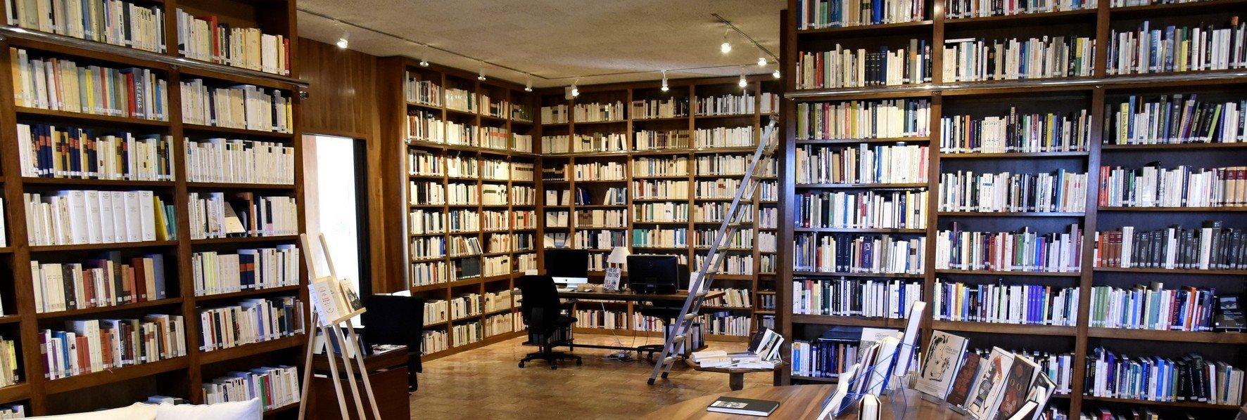 Bibliothèque Grande maison © Olivier Monoyez